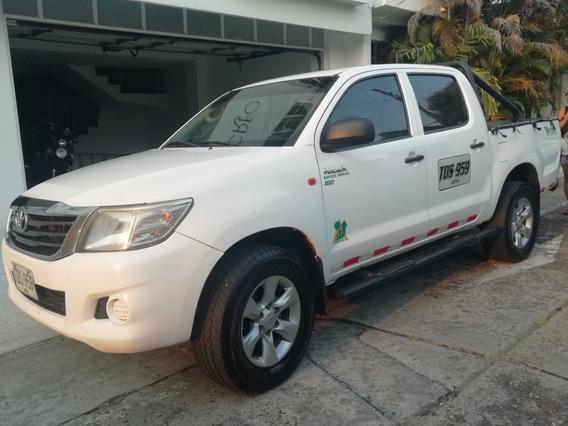 Toyota Hilux Doble Cabina 4x4 Motor 2500 Cc - Mod 2012
