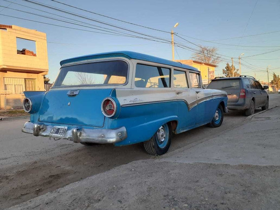 Ford Fairlane Country Sed