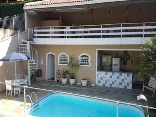 Imagem 1 de 15 de Linda Residência, Com 4 Suites Sendo 1 Mastes Com Hidro, Sala Para 4 Ambientes, Com Piscina. - Reo358391