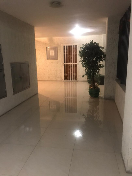 Apartamento En Venta En El Bosque 04121998728