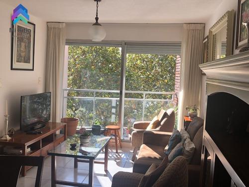 Apartamento 2 Dormitorios, 2 Baños, Garaje