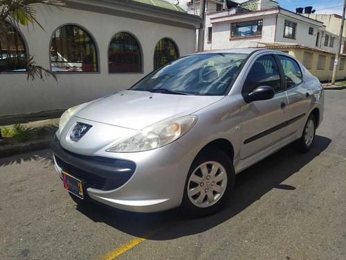 Peugeot 207 Compact 1.4 Mt 4p Aa