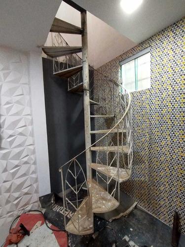 Reforma De Escada Caracol De Ferro