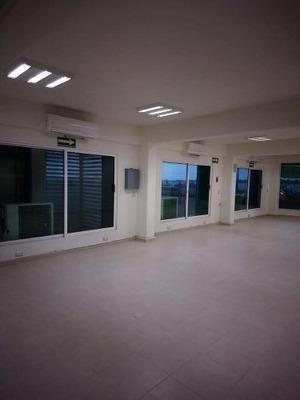 Se Rentan Oficinas Centricas Por El Malecon Costero