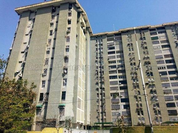 Apartamento En Venta Urb. El Centro- Maracay 21-6994hcc