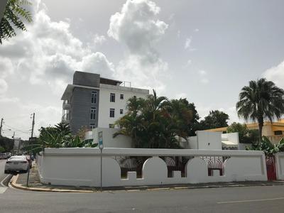 Casa Como Local Comercial En Los Jardines Con 350 Mts2
