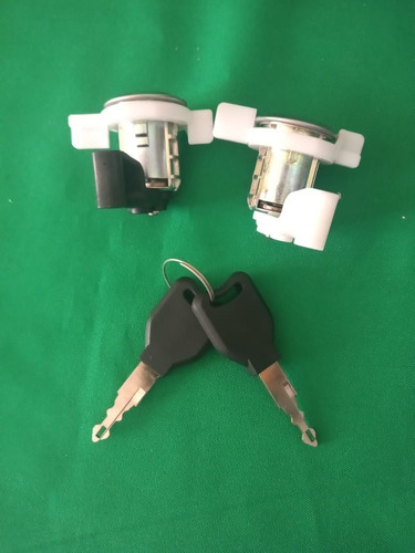 Imagen 1 de 4 de Cilindro Para Chapa Cerradura Nissan Platina Tipo Original