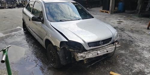 Astra 2.0 8v 2000/2001 Gasolina  ( Sucata )