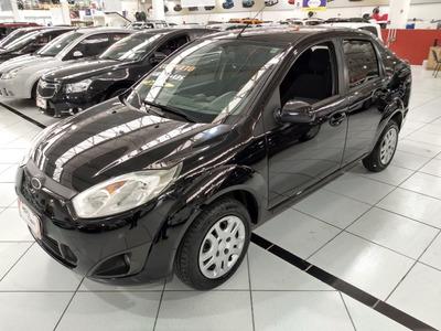 Ford Fiesta Seda 1.6 Completo Baixa Km