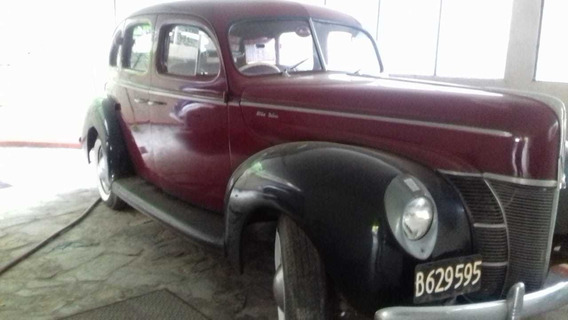 Ford Deluxe