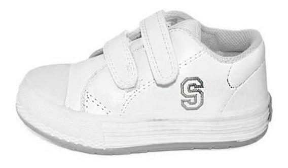 Zapatillas Escolares Para Niños Con Abrojo Talles 22 Al 28