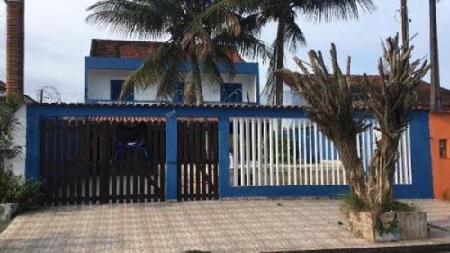 Casa Com Piscina E 3 Dormitórios Em Itanhaém/sp 5831-pc