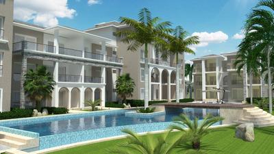 Apartamentos Con Piscina , Golf Y Playa En Punta Cana, R D