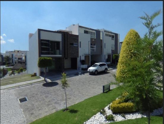 Casa Fraccionamiento Lomas Angelòpolis En Remate Bancario