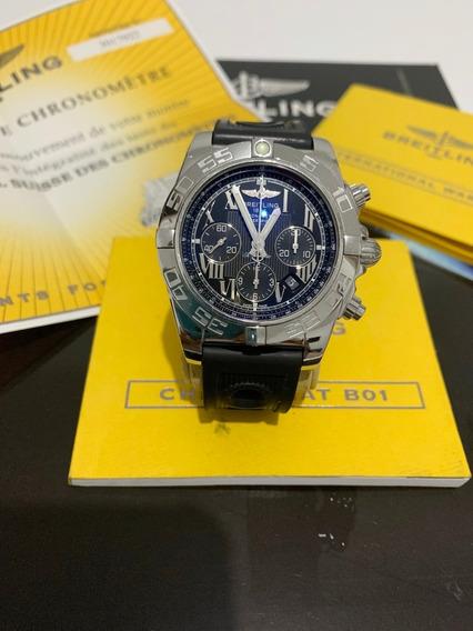 Relógio Breitling Chronomat B01 / 44mm