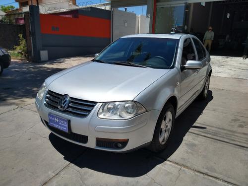 Volkswagen Bora 2.0 Tip 2009
