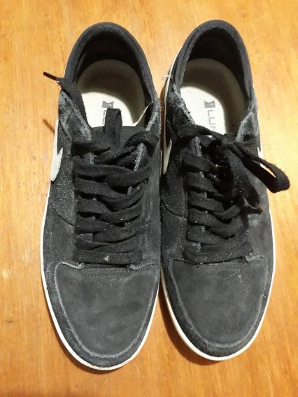 Zapatillas Negras Nike Mujer Sd Urbanas Nro 38