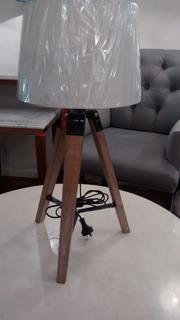 Lampara De Mesa Tripode Rustica