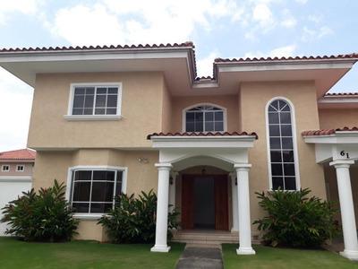 Vendo Hermosa Casa En Ph Palmeras Del Este 18-1864