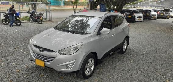 Hyundai Tucson Ix35 Gl Motor 2.0 Plata Suave 5 Puertas