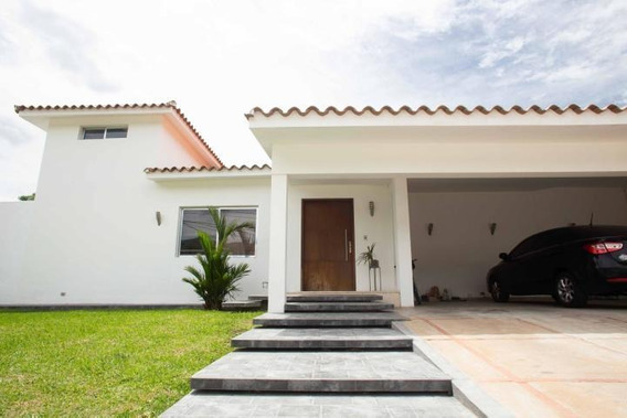 Casa En Venta Guataparo Valencia Cod 19-12393 Ar