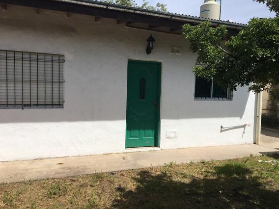 Casa En Gral.rodríguez, Barrio Juan José