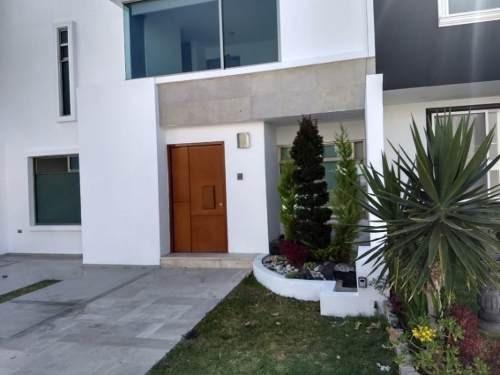 Casa En Fraccionamiento En Lomas De Angelópolis / San Andrés Cholula - Gsi-837-fr