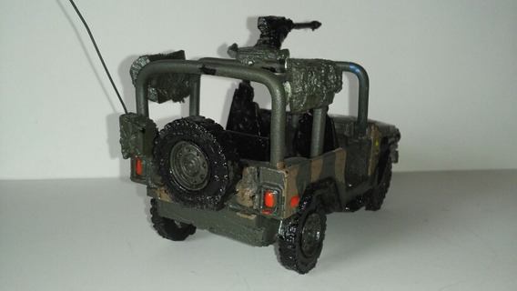 Miniatura Militar Jipe Marruá