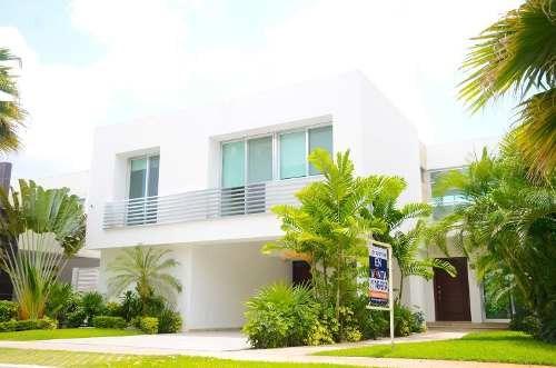 Casa Venta En Residencial Villa Magna Cancún Quintana Roo