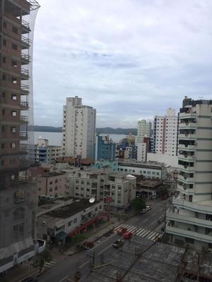 Apartamento Em Meia Praia Itapema Sc - 1010