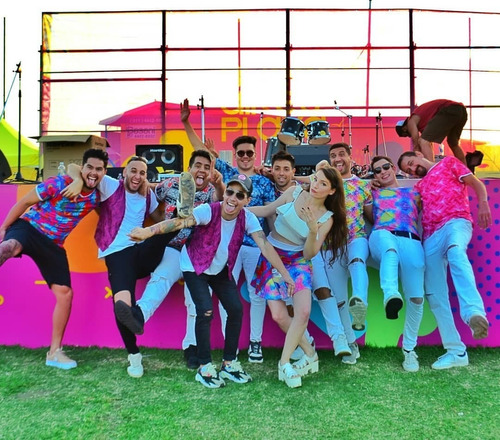 Imagen 1 de 10 de Banda Para Eventos Entonados Cumbia Fiestas Show