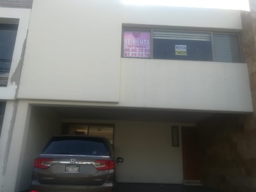 Venta De Casa Residencial En Privada El Pedregal 1