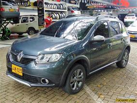 Renault Sandero Stepway Night & Day