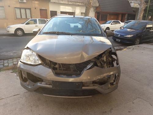 Imagen 1 de 11 de Toyota Etios Xs 1.5 Sedan