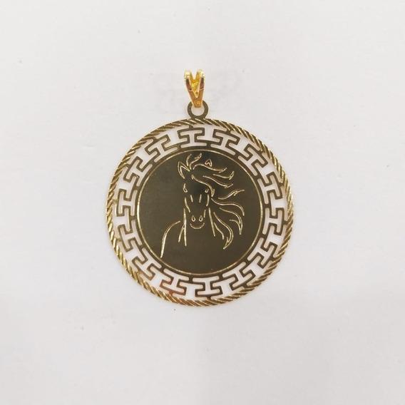 Medalha De Cavalo Com Banho De Ouro