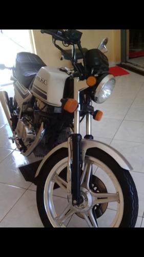 Honda Cb 400 Japonesa Street
