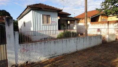 Venda Urgente! Terreno Com Casa De Madeira - 11 X 27,5
