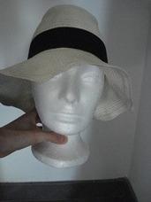ae9412331f2c1 Sombrero Zara Mujer en Mercado Libre México