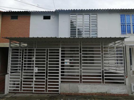 Alquilo Casa En El Barrio Bosques De Morelia