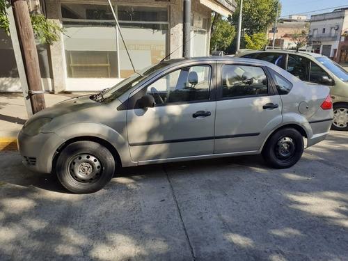 Ford Fiesta Max C/gnc