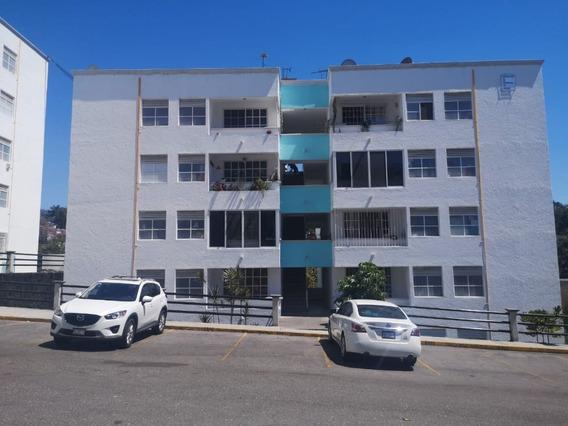 Renta Departamento Amueblado Planta Baja
