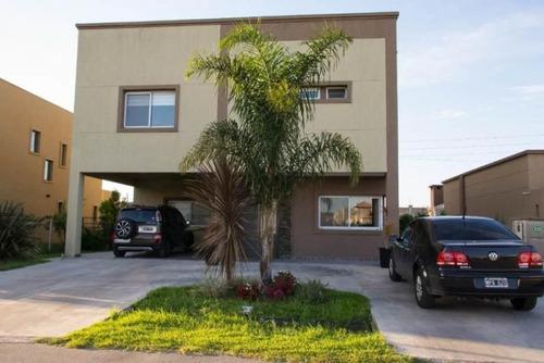 5 Ambientes | Calle 151 Al 200