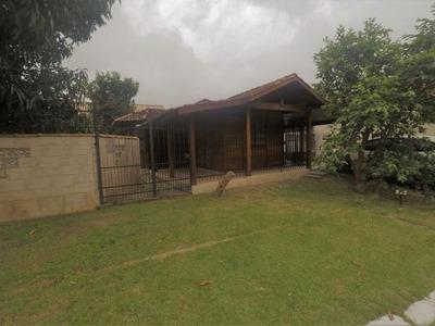 Casa Em Sape, Niterói/rj De 230m² 2 Quartos À Venda Por R$ 395.000,00 Ou Para Locação R$ 1.300,00/mes - Ca251193lr