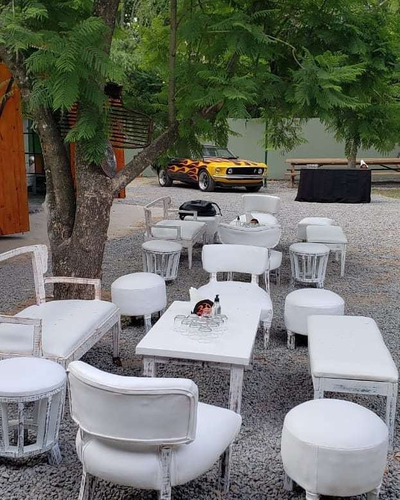 Imagen 1 de 5 de Alquiler De Livings, Puffs, Gazebos, Catering- Zona Norte
