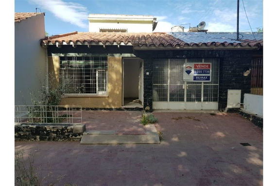 Casa En Venta Zona Barrio Bancario