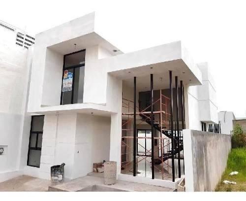 Casa En Venta Tlajomulco De Zuñiga