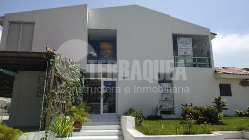 Se Vende  Casa Comercial En El Tabor