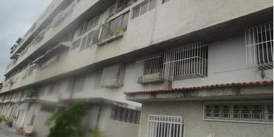Apartamentos En Venta, Lomas Del Club Hipico