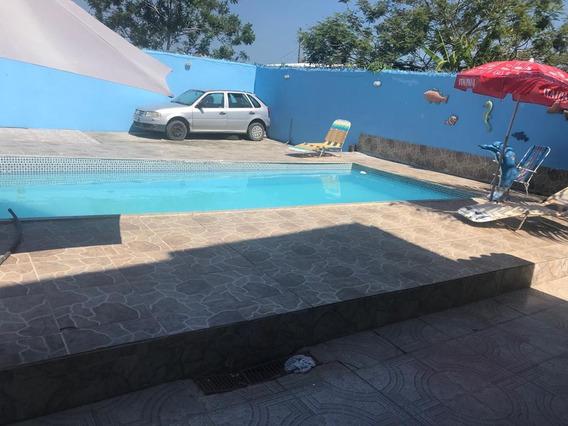 Casa | Araruama| 3 Quartos| Piscina| Churrasqueira