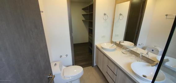Apartamento En Loma De Las Brujas Fr 20-405